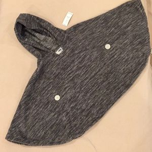 NWT Old Navy fleece Cape with hood, 4t